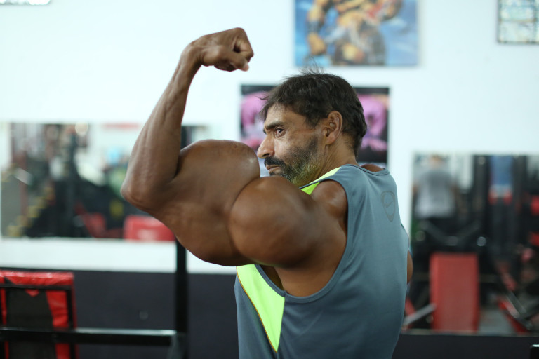 *** EXCLUSIVE - VIDEO AVAILABLE *** SAO PAULO, BRAZIL - OCTOBER 01: Valdir poses in the gym on October 1, 2015, in Sao Paulo, Brazil. An incredible Hulk-inspired bodybuilder is risking his life to pump up his muscles by injecting oil into his arms. Beefcake Valdir Segatoís huge biceps measure a staggering 23 inches as a result of painful synthol injections.The 48-year-oldís arms have doubled in size from 12in after he began injecting the potentially lethal oil substance five years ago - and now he wants to get even bigger. Valdir, from Sao Paulo, Brazil, is inspired by the physiques of Arnold Schwarzenegger and the Hulk and is proud to be known locally as ëHe-Maní and 'the monsterí in the street. PHOTOGRAPH BY Guilherme LaMotta / Barcroft Images London-T:+44 207 033 1031 E:hello@barcroftmedia.com - New York-T:+1 212 796 2458 E:hello@barcroftusa.com - New Delhi-T:+91 11 4053 2429 E:hello@barcroftindia.com www.barcroftimages.com