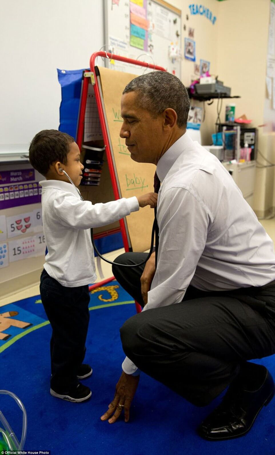 3a3f915400000578-3926100-march_4_2014_the_president_was_visiting_a_classroom_at_powell_el-a-12_1478871703570-1