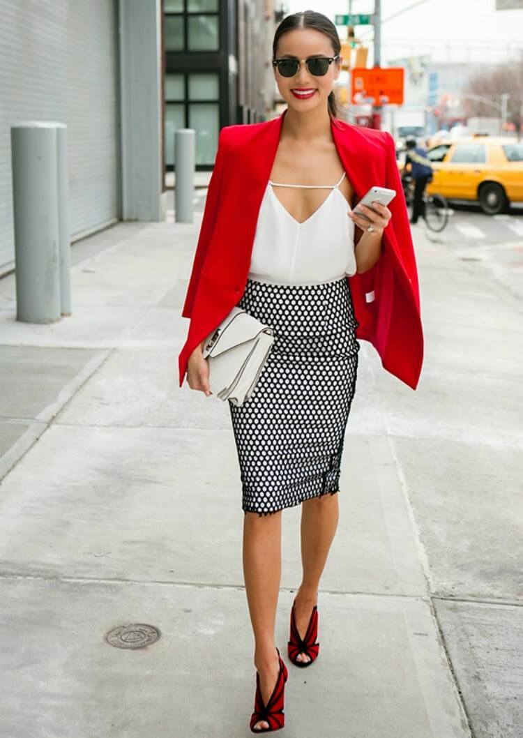 jamie-chung-look-black-white-red